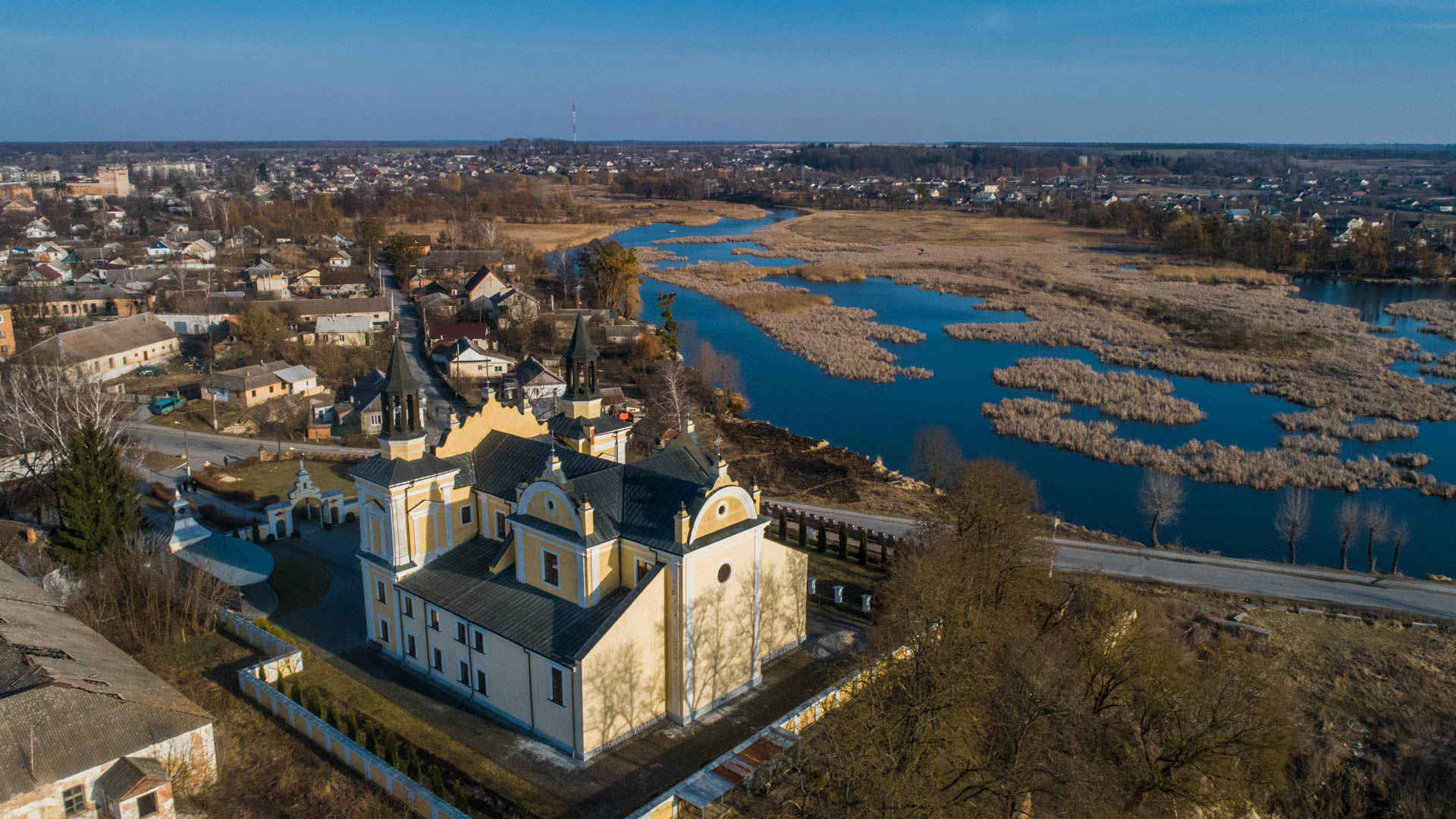 Polonska Hromada: new strategy and architecture