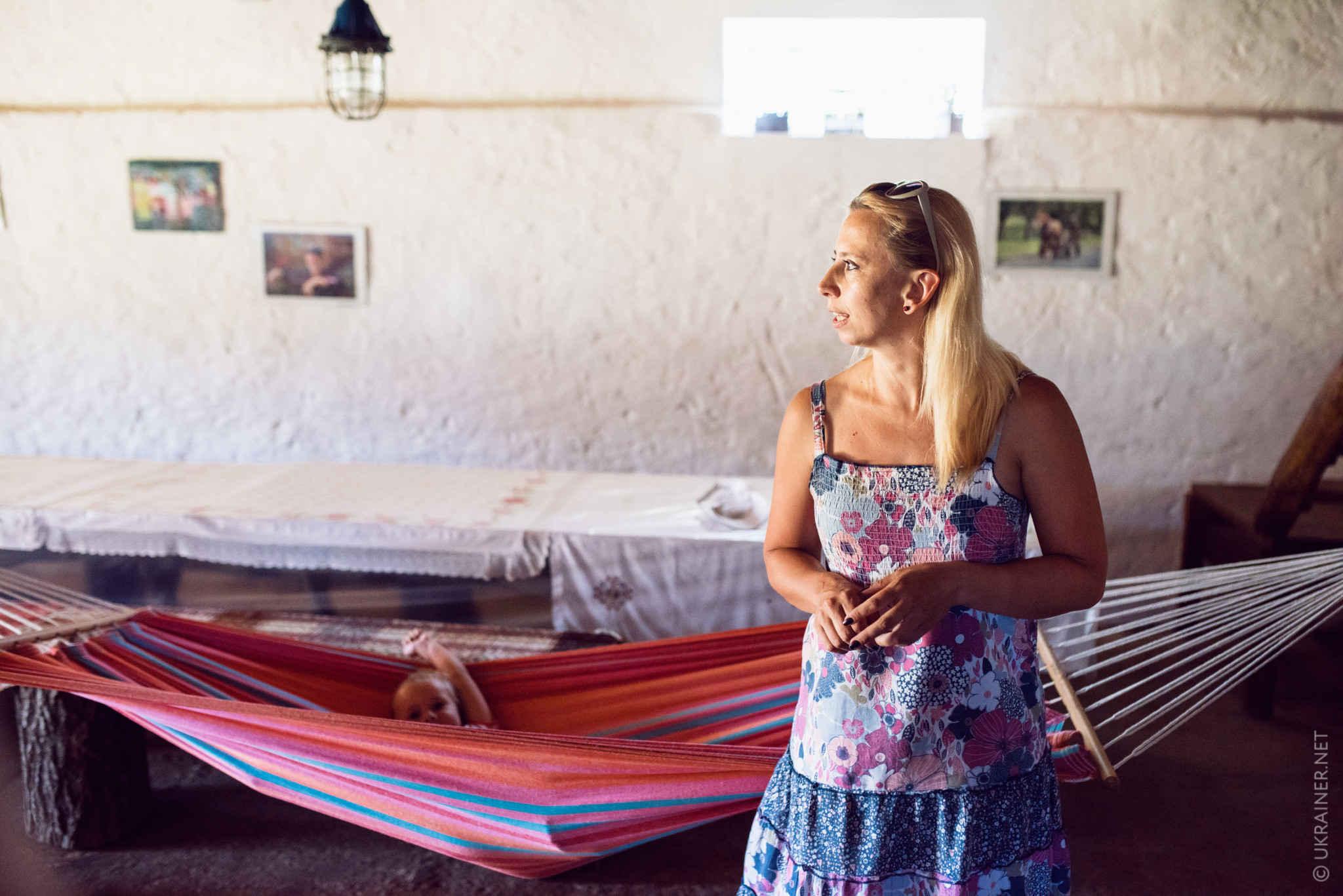 ალისა სმირნა და მისი ველო კარ – მიდამო