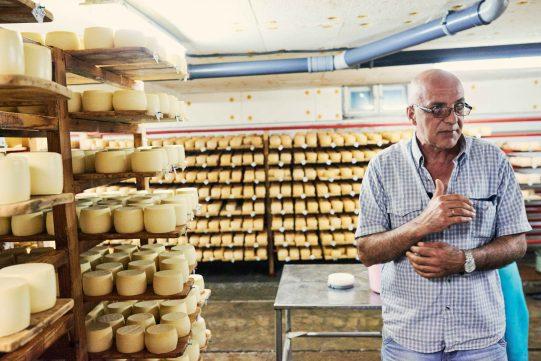 Švýcarská sýrárna, která změnila život vesnice